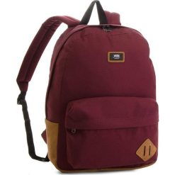 Plecak VANS - Old Skool II Ba V000ONIKRJ Port Royale. Czerwone plecaki damskie Vans, z materiału, sportowe. W wyprzedaży za 139.00 zł.