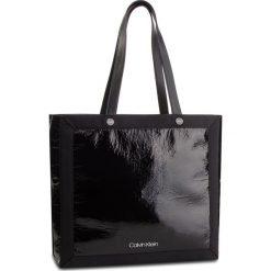 Torebka CALVIN KLEIN - Outline Ew Shopper K60K604815 001. Czarne torebki shopper damskie Calvin Klein, z materiału. Za 599.00 zł.