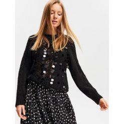 Sweter z aplikacją - Czarny. Czarne swetry damskie Reserved. Za 139.99 zł.