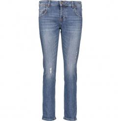 """Dżinsy """"Slouchy"""" - Slim fit - w kolorze niebieskim. Niebieskie jeansy damskie Mustang. W wyprzedaży za 195.95 zł."""
