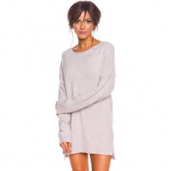 """Sweter """"Louna"""" w kolorze szarobrązowym. Brązowe swetry damskie So Cachemire, z kaszmiru, z dekoltem w łódkę. W wyprzedaży za 173.95 zł."""