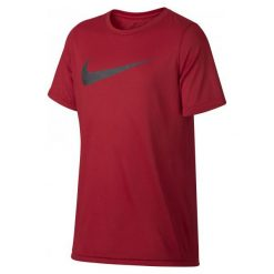 Nike Koszulka B Nk Dry Tee Leg Storm Swoosh M. Czerwone t-shirty dla chłopców Nike. W wyprzedaży za 65.00 zł.