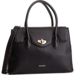 Torebka PUCCINI - BT28622 Czarny 1. Czarne torebki do ręki damskie Puccini, ze skóry ekologicznej. W wyprzedaży za 202.00 zł.