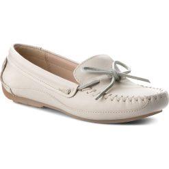 Mokasyny CLARKS - Natala Rio 261230594 White Leather. Białe mokasyny damskie Clarks, ze skóry. W wyprzedaży za 229.00 zł.
