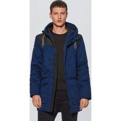Zimowy płaszcz - Granatowy. Niebieskie płaszcze męskie Cropp, na zimę. Za 329.99 zł.