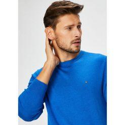 Tommy Hilfiger - Sweter. Szare swetry przez głowę męskie Tommy Hilfiger, z bawełny, z okrągłym kołnierzem. W wyprzedaży za 319.90 zł.