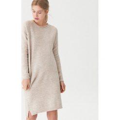 Długi sweter - Kremowy. Białe swetry damskie House. Za 119.99 zł.
