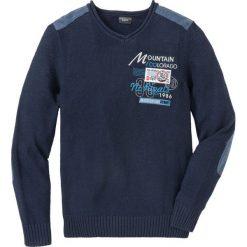 Sweter z dekoltem w serek, z haftem, z bawełny z recyclingu bonprix ciemnoniebieski. Niebieskie swetry przez głowę męskie bonprix, z haftami, z bawełny, z dekoltem w serek. Za 129.99 zł.