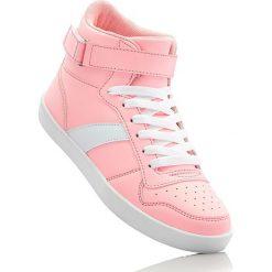 Wysokie sneakersy bonprix koralowy. Buty sportowe chłopięce marki bonprix. Za 79.99 zł.