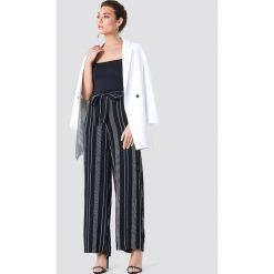 Trendyol Szerokie spodnie w paski - Black. Czarne paski damskie Trendyol, w paski. Za 121.95 zł.