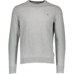 Sweter w kolorze szarym. Szare swetry przez głowę męskie Ben Sherman, z haftami, z bawełny, z okrągłym kołnierzem. W wyprzedaży za 130.95 zł.