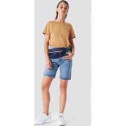 NA-KD Basic T-shirt z odkrytymi plecami - Brown,Beige,Yellow. Brązowe t-shirty damskie NA-KD Basic, z dekoltem na plecach. Za 40.95 zł.