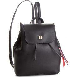 Plecak TOMMY HILFIGER - Charming Tommy Back AW0AW05791 904. Czarne plecaki damskie Tommy Hilfiger, ze skóry ekologicznej, eleganckie. Za 649.00 zł.
