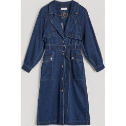 Jeansowy płaszcz - Niebieski. Niebieskie płaszcze damskie Reserved, z jeansu. Za 199.99 zł.