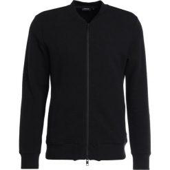 J.LINDEBERG RANDALL CRINKLE  Bluza rozpinana black. Kardigany męskie J.LINDEBERG, z bawełny. Za 629.00 zł.