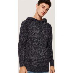 Sweter z kapturem - Granatowy. Swetry przez głowę męskie marki Giacomo Conti. W wyprzedaży za 79.99 zł.