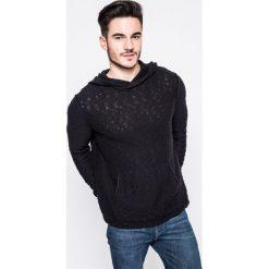 Review - Sweter. Czarne swetry przez głowę męskie Review, z bawełny, z kapturem. W wyprzedaży za 99.90 zł.
