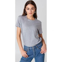NA-KD Basic T-shirt oversize - Grey. Szare t-shirty damskie NA-KD Basic, z bawełny. Za 52.95 zł.