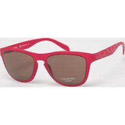 Calvin Klein - Okulary CK3165S. Brązowe okulary przeciwsłoneczne męskie Calvin Klein, z materiału. Za 479.90 zł.