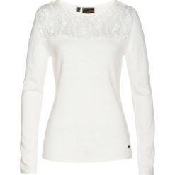 Sweter z koronką i kaszmirem bonprix biel wełny. Swetry damskie marki bonprix. Za 89.99 zł.