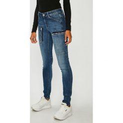 G-Star Raw - Jeansy Powel. Niebieskie jeansy damskie G-Star Raw. W wyprzedaży za 599.90 zł.