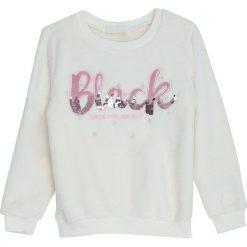 Kremowa Bluza Girlish. Białe bluzy dla dziewczynek Born2be, na jesień. Za 59.99 zł.