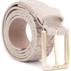 Pasek Damski CALVIN KLEIN - Logo Embossed Belt N K60K604326 75 002. Brązowe paski damskie Calvin Klein, w paski, z nubiku. Za 249.00 zł.