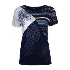 Desigual T-Shirt Damski M Ciemnoniebieski. Niebieskie t-shirty damskie Desigual, z kontrastowym kołnierzykiem. W wyprzedaży za 179.00 zł.
