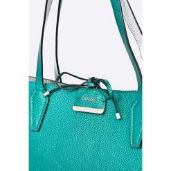 Guess Jeans - Torebka dwustronna Bobbi. Szare torby na ramię damskie Guess Jeans. W wyprzedaży za 399.90 zł.