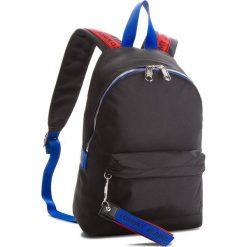 Plecak TOMMY JEANS - Tj Logo Tape Mini Bag AU0AU00342  902. Plecaki damskie marki Tommy Jeans. W wyprzedaży za 279.00 zł.