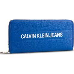 Duży Portfel Damski CALVIN KLEIN JEANS - Logo Banner Large Ziparound K40K400840 455. Niebieskie portfele damskie Calvin Klein Jeans, z jeansu. Za 299.00 zł.