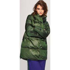 Pikowany płaszcz z naturalnym puchem - Khaki. Brązowe płaszcze damskie Reserved, z puchu. Za 349.99 zł.