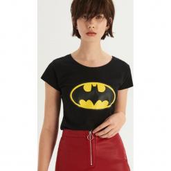 T-shirt Batman - Czarny. Czarne t-shirty damskie Sinsay, z motywem z bajki. Za 29.99 zł.