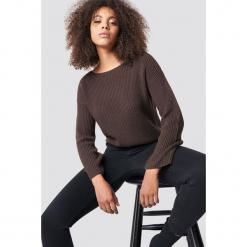 NA-KD Krótki sweter z dzianiny z długim rękawem - Brown. Brązowe swetry damskie NA-KD, z dzianiny. Za 121.95 zł.