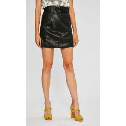 Guess Jeans - Spódnica Placida. Szare spódnice damskie Guess Jeans, z aplikacjami, z jeansu. Za 369.90 zł.