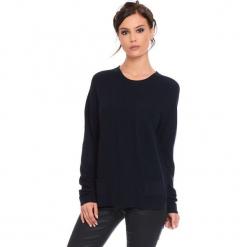 """Sweter """"Jamie"""" w kolorze granatowym. Niebieskie swetry damskie Cosy Winter, ze splotem, z okrągłym kołnierzem. W wyprzedaży za 181.95 zł."""