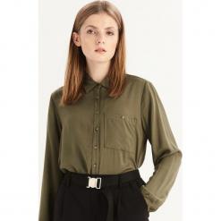 Gładka koszula z kieszenią - Khaki. Brązowe koszule damskie Sinsay. Za 49.99 zł.