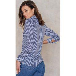 Rut&Circle Koszula w paski Ingrid - Blue,Multicolor. Koszule damskie Rut&Circle, w paski, z wiskozy, klasyczne, z klasycznym kołnierzykiem. W wyprzedaży za 88.17 zł.