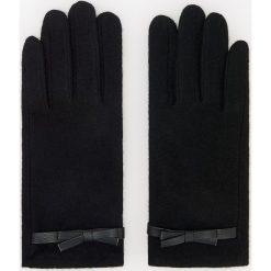 Wełniane rękawiczki - Czarny. Czarne rękawiczki damskie Reserved, z wełny. Za 39.99 zł.
