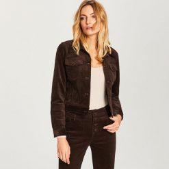 Sztruksowa kurtka - Brązowy. Brązowe kurtki damskie Reserved, ze sztruksu. W wyprzedaży za 79.99 zł.