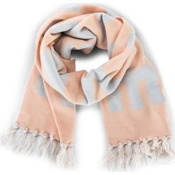 Szal CONVERSE - 562384 Dust Pink. Brązowe szaliki i chusty damskie Converse, z materiału. W wyprzedaży za 129.00 zł.