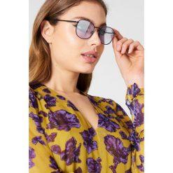 Le Specs Okulary przeciwsłoneczne Neptune - Black,Purple. Czarne okulary przeciwsłoneczne damskie Le Specs. W wyprzedaży za 91.19 zł.