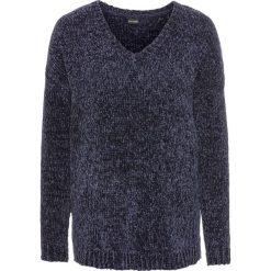 Sweter z szenili: must have bonprix ciemnoniebieski. Swetry damskie marki KALENJI. Za 74.99 zł.