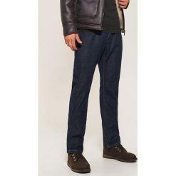 Jeansy regular classic - Granatowy. Niebieskie jeansy męskie House. Za 99.99 zł.