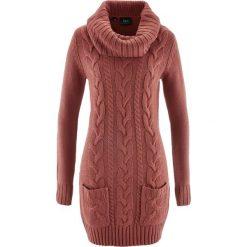 Sukienka dzianinowa bonprix brązowy marsala. Czerwone sukienki damskie bonprix, z dzianiny, z golfem. Za 89.99 zł.