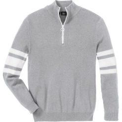 Sweter ze stójką z zamkiem Regular Fit bonprix jasnoszary melanż. Swetry przez głowę męskie marki Giacomo Conti. Za 59.99 zł.